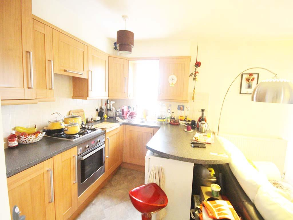 2 bedroom apartment For Sale in Colne - IMG_8112 2.jpg